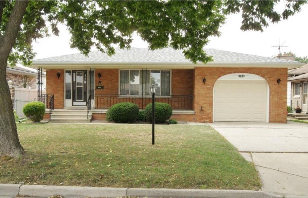 3133 Halpin Rd, Windsor Home For Sale!